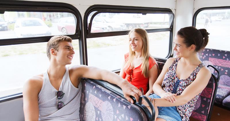 Por qué un evento en autobús es más divertido