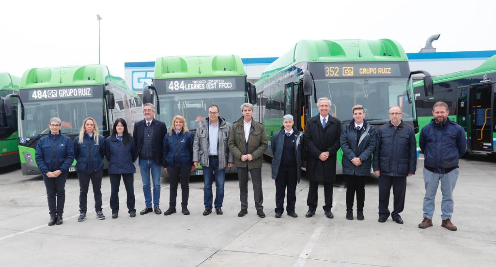 Grupo Ruiz ha presentado 13 nuevos autobuses propulsados por Gas Natural Comprimido