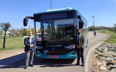 El Ayuntamiento de Badajoz, Tubasa, y e-busKar presentan un proyecto de Movilidad Sostenible pionero en España